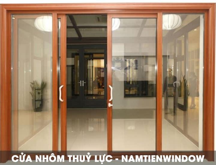 cua-nhom-thuy-luc-van-go