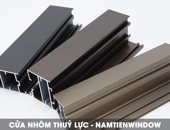 cua-nhom-thuy-luc-chinh-hang