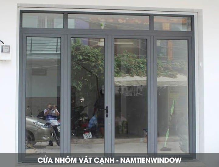 cua-nhom-vat-canh-10