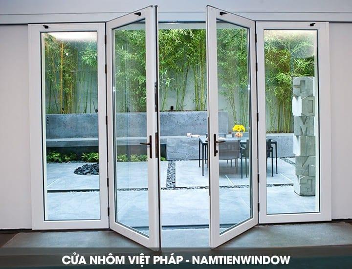 cua-nhom-viet-phap-1