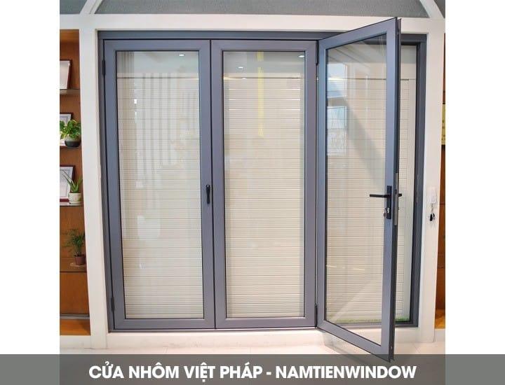 cua-nhom-viet-phap-2