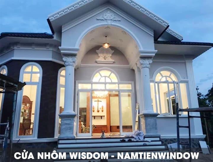 cua-nhom-wisdom-cao-cap