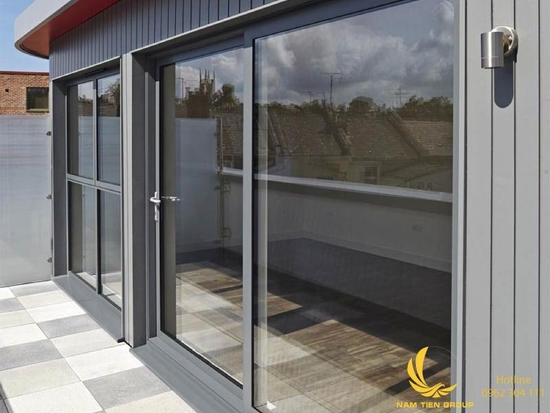 Công ty Nam Tiến Window Bình Dương chuyên sản xuất và thi công cửa nhôm xingfa quảng đông chất lượng cao.